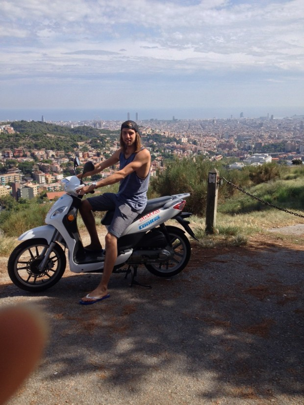 Scooters in Barcelona eeeee