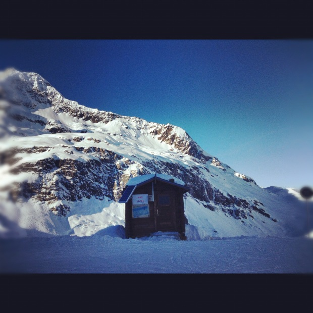 Half way down the Sache, the longest black ski run in Europe
