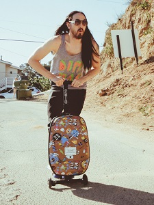 Steve Aoki Micro 3-in1 Luggage scooter